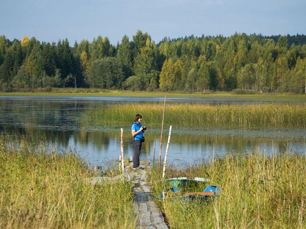 На берегу озера Порженское рядом с Порженским погостом