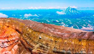 Авто тур Активные вулканы и термальные источники Камчатки
