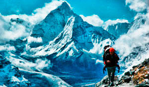 Trekking to the base camp of Everest
