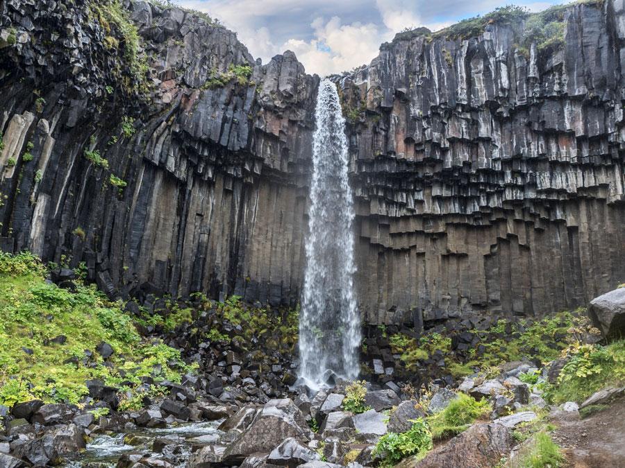 Национальный парк Стафтафетль. Водопад Свартифосс
