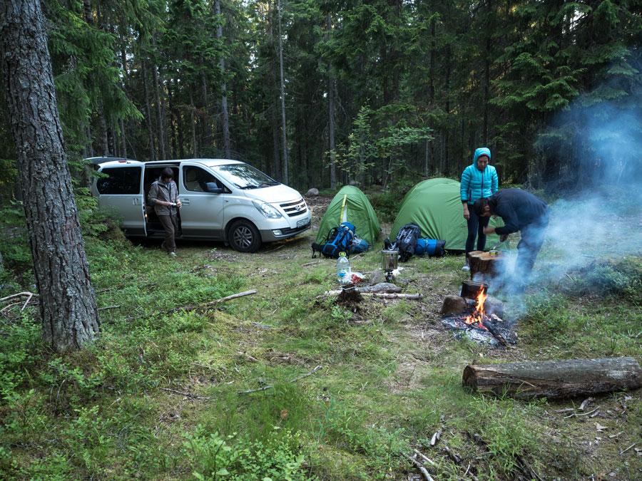 Ночевка в лесу возле финской границы. Тур Евгения Андросова в Норвегию