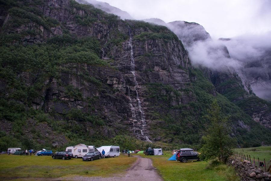 Кемпинг возле Люсе фьорда. Тур Евгения Андросова в Норвегию